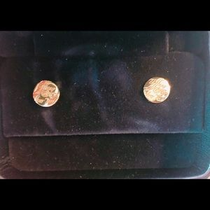 """18k gold Tiffany """"Engraved Notes"""" stud earrings"""